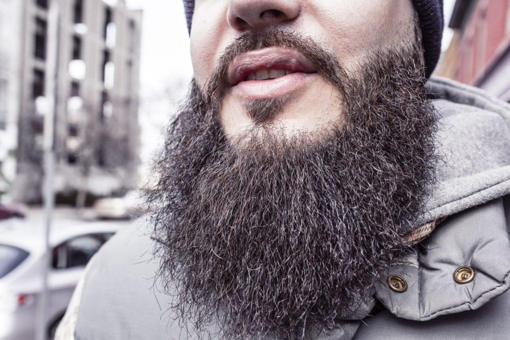 Что делать если борода растет неравномерно