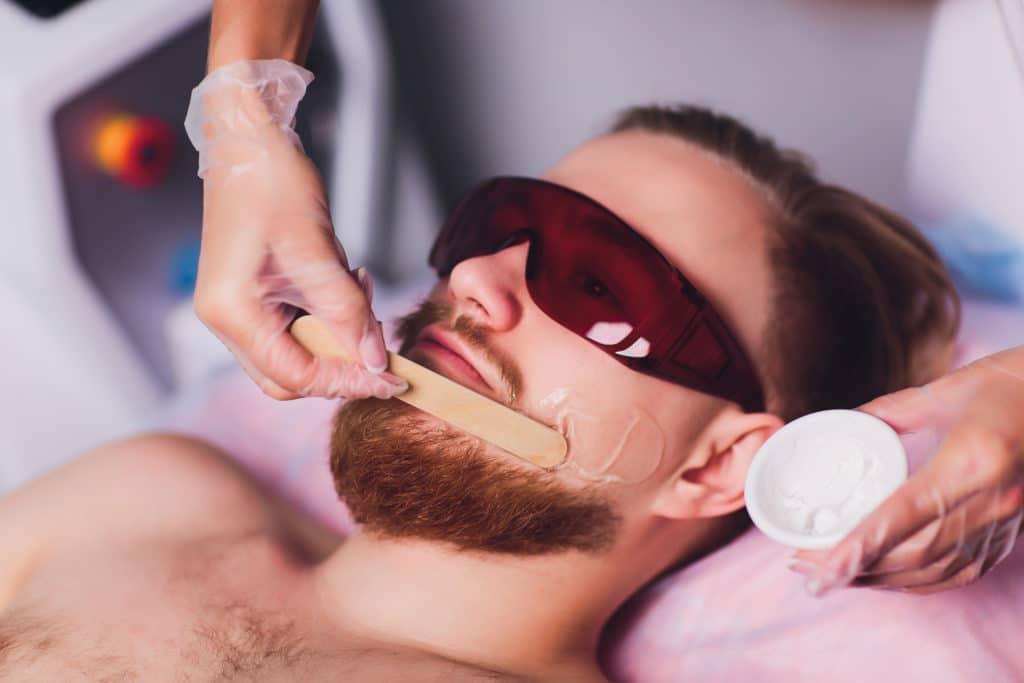 Эпиляция бороды у мужчин: методы и особенности процедур