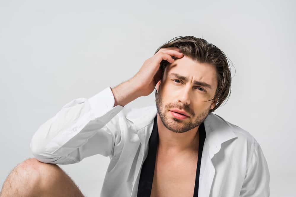 Стадии роста волос на лице: от щетины до бороды