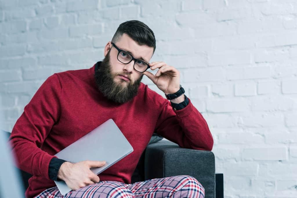 Мазь для бороды: косметические и аптечные средства для роста и ухода